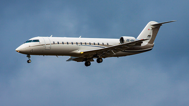 Private jet Bombardier Challenger 850